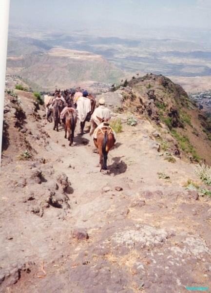 Descending-from-monastery-of-Haile-Mariam-above-Lalibela-Ethiopia
