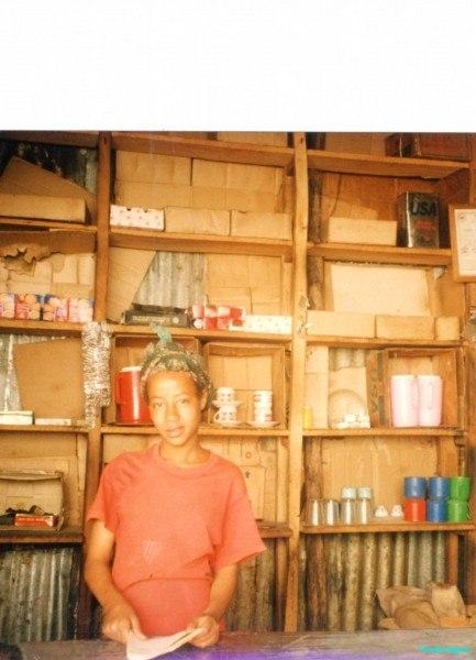 Roadside-refreshment-stall-en-route-to-Bale-plateau-Ethiopia