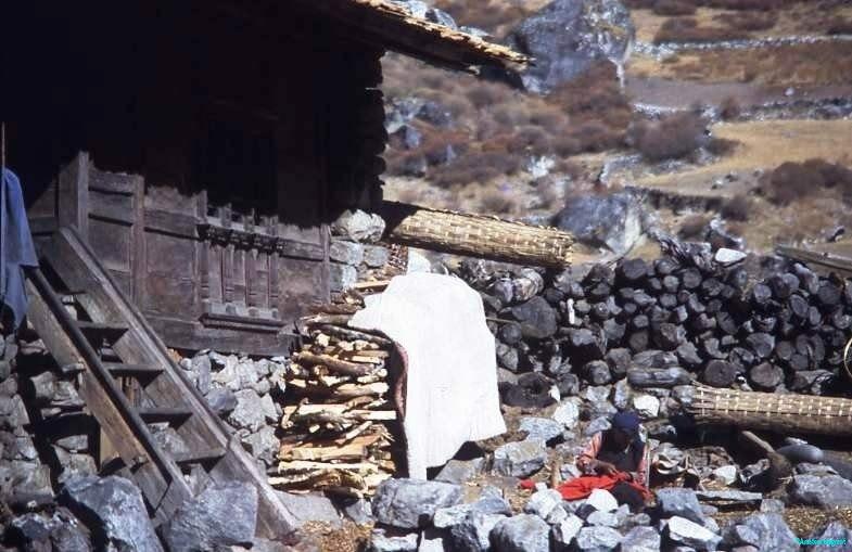 Washday-Langtang-village-Nepal