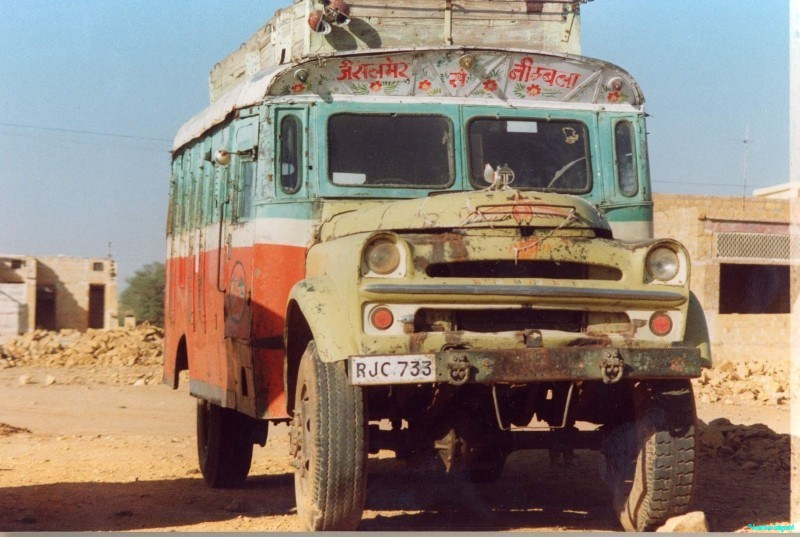 Rajasthani country bus. It might look a wreck but is in constant service through remote villages. Note parking brake.