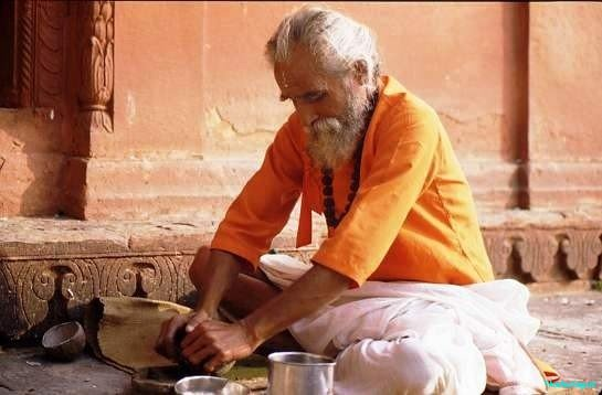 Sanyassin, Varanasi. It is not uncommon for older people to abandon their families and become holy mendicants, studying scripture and taking only food which is offered to them