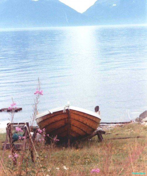A-proper-rowboat-Lyngen-Norway