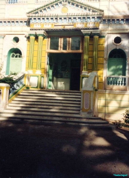 Entrance-Al-Quba-palace-hotel-Tarim-Hadramhaut-Yemen