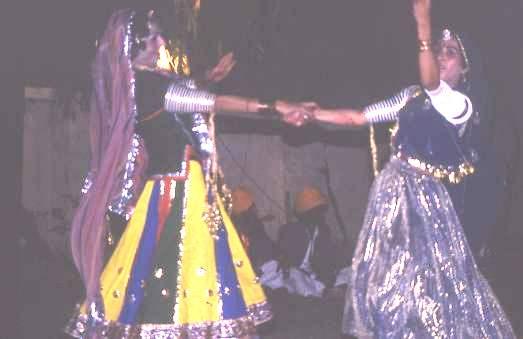 Dancers at Jaisalmer desert festival
